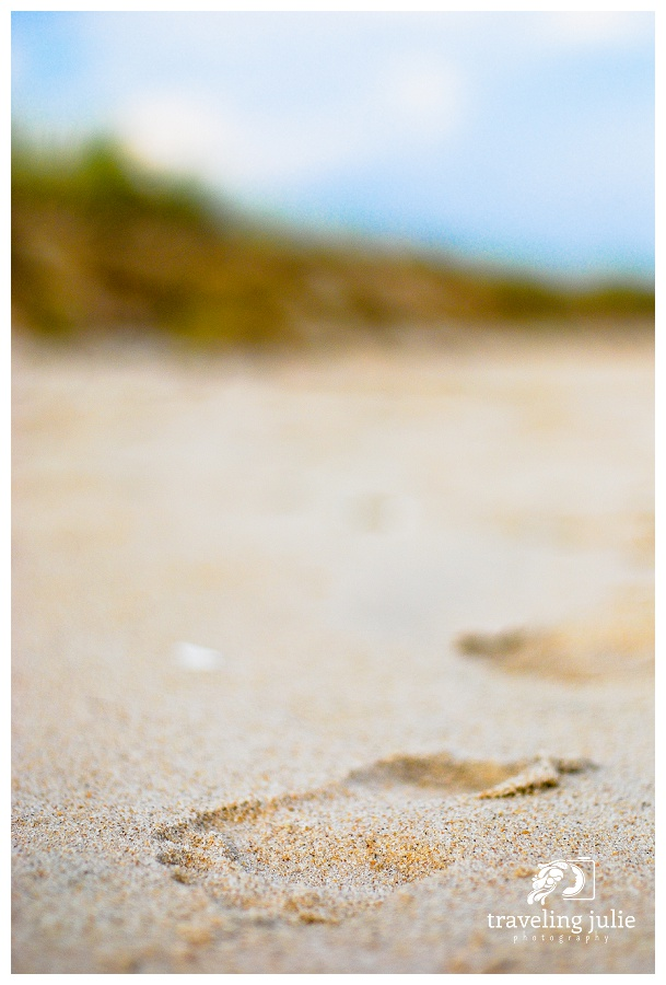 Traveling-Julie-Photography-Places-Beach-Footsteps