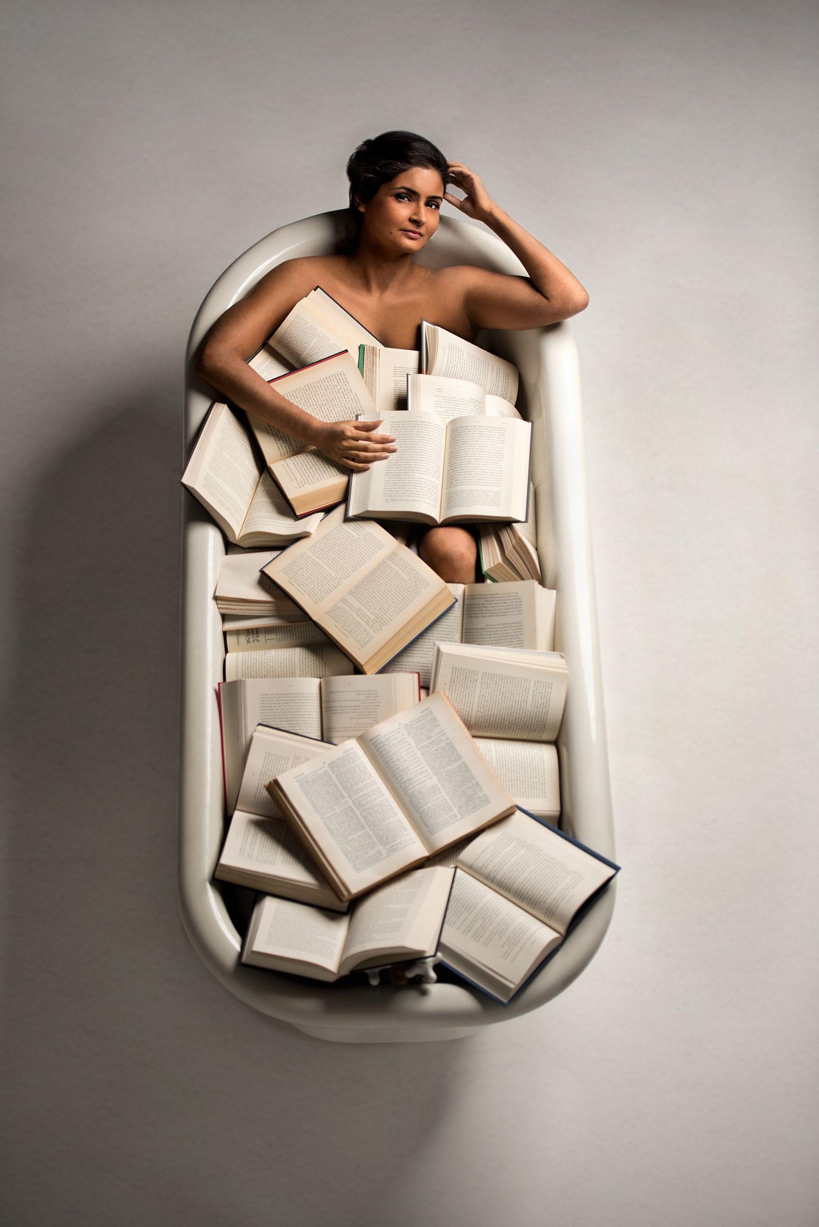 book bath portrait