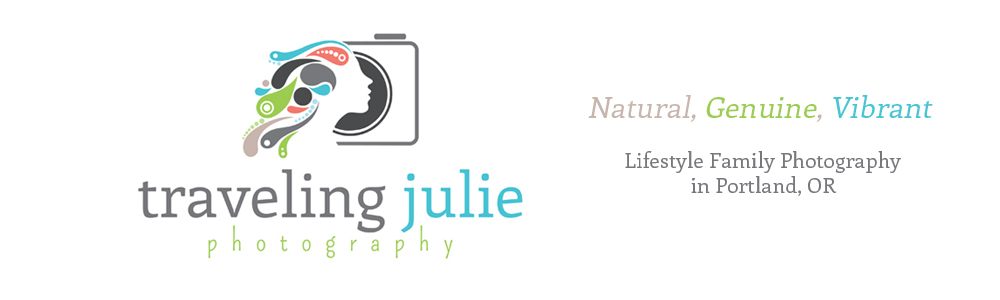 Natural Family Photography in Portland, OR by Traveling Julie Photography logo